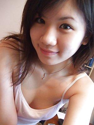 Selfpic Asian Teen