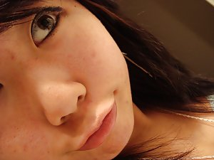 Face Asian Teen