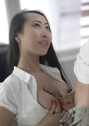 Titjob Asian Teen