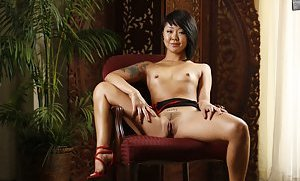 Trimmed Pussy Asian Teen
